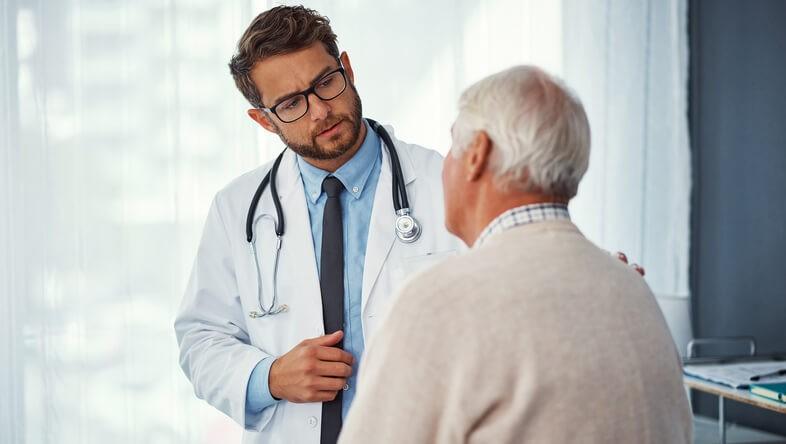 Una serie de medidas se llevan a cabo por parte de los programas epidemiológicos que dependen de la sanidad pública, y su objetivo es poder disminuir la tasa de mortalidad asociada a dicha enfermedad.
