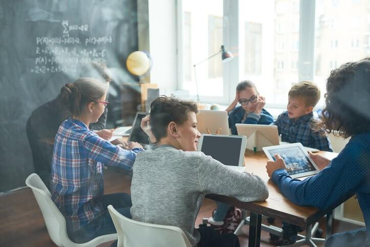 Aunque nunca es tarde para mejorar la expresión oral, los esfuerzos deben ir dirigidos a la etapa escolar.