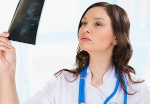 La ecografía testicular es muy útil para valorar diversas patologías, en adultos y en niños.