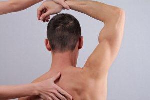 Después de 8 sesiones se ha recuperado el 90% de la movilidad del hombro, la inflamación se ha reducido y la resistencia es mayor.