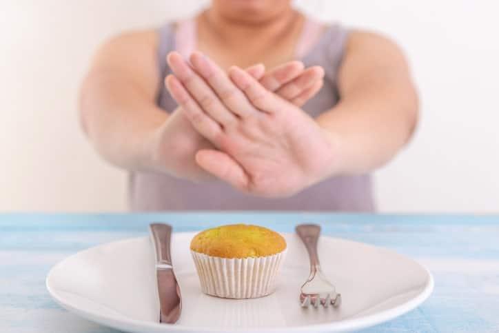 Los triglicéridos se pueden bajar llevando una dieta y un estilo de vida saludable.