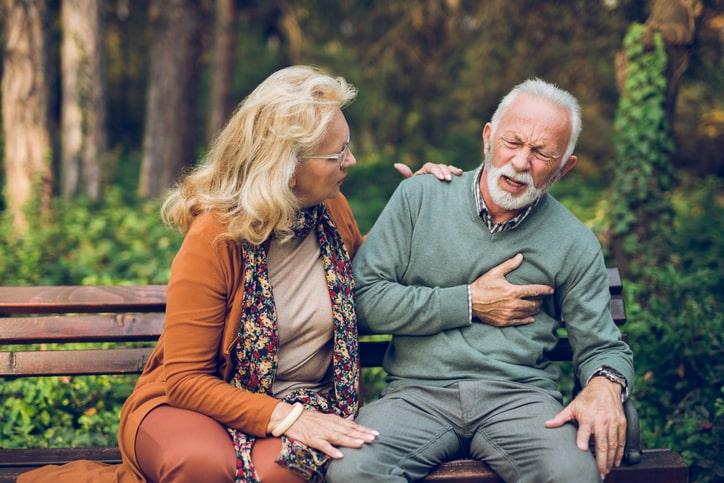 Los síntomas pueden variar y no ser específicos, así como que no estén presentes todos a la vez.